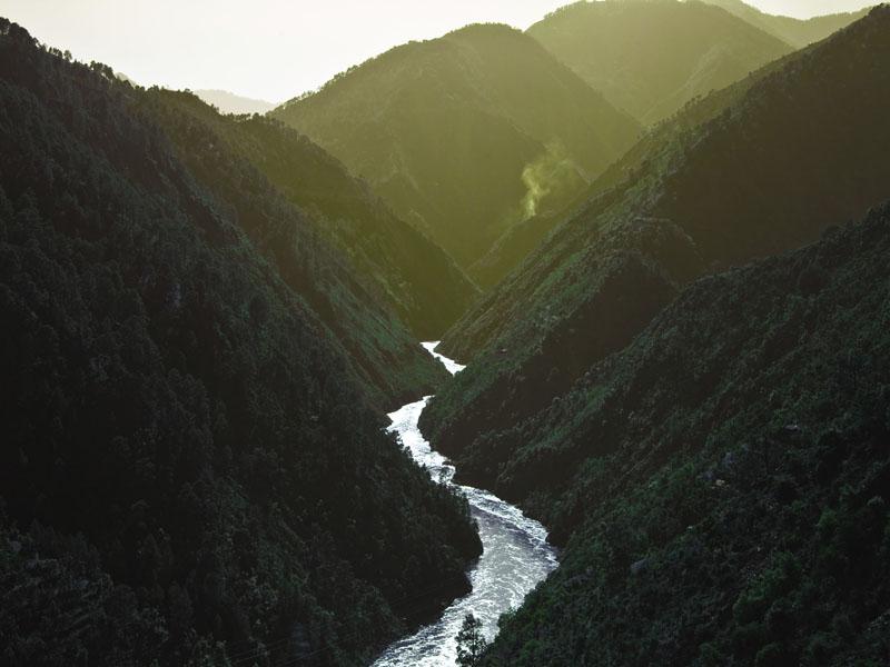 v shaped valley - photo #6