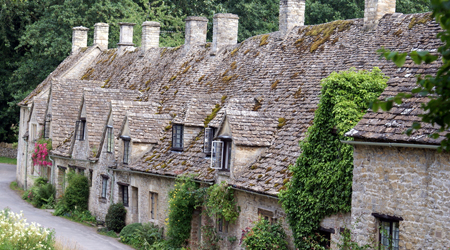 Living in the UK - Houses KS2 primary