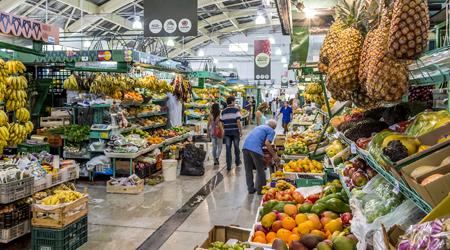 edb628714f Shopping in Brazil- Primary Geography